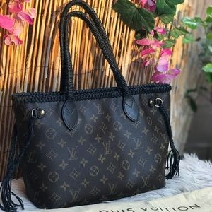 ✅✅Auth Louis Vuitton Neverfull pm